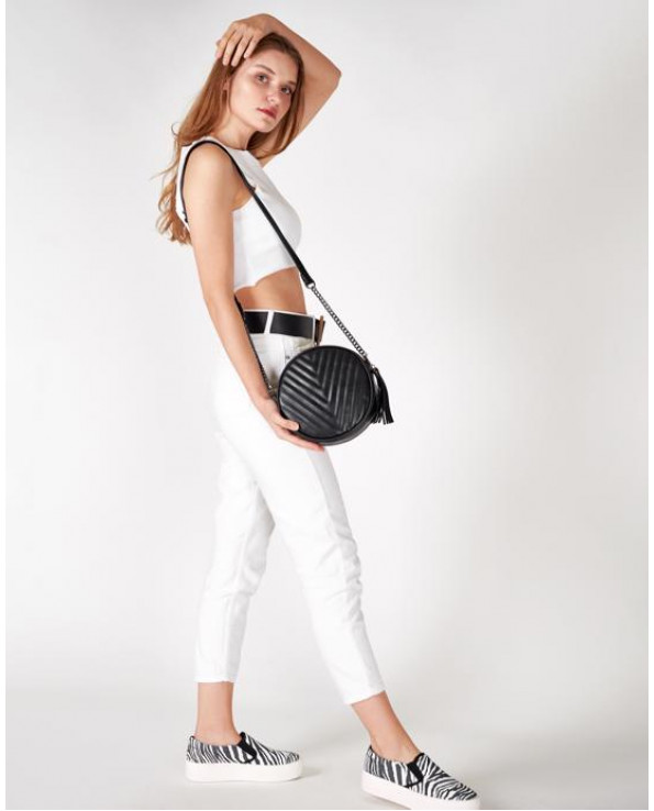 Women's Classic Strappy Bag