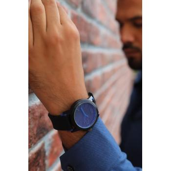 Men's Round Case Plastic Strap Watch